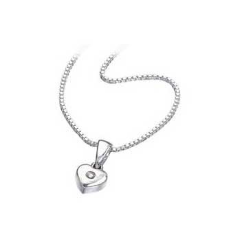 925 Sterling Silver Diamond Heart Pendant and Chain Necklace