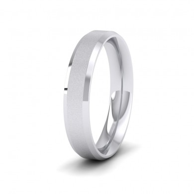 Bevelled Edge And Matt Finish Centre Flat 950 Platinum 4mm Wedding Ring